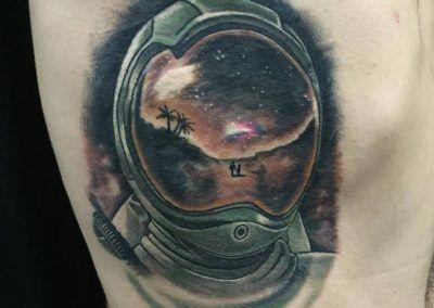 casco-astronauta-kuronekotattoo