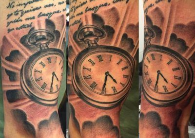 reloj-.kuronekotattoo.zaragoza.dark_.1