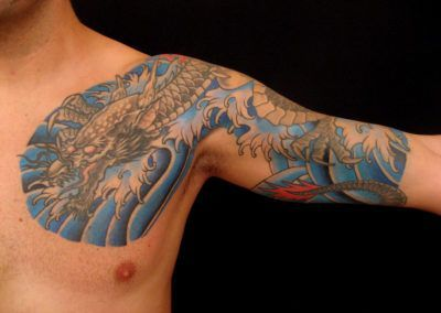 tattoo-dragon-de-aguas-azules-1